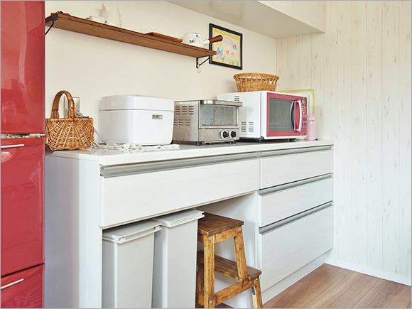ゴミ箱がすっきり収まるキッチンは奥様のこだわり
