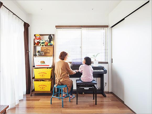娘さんも+BOXで日々ピアノの練習中。