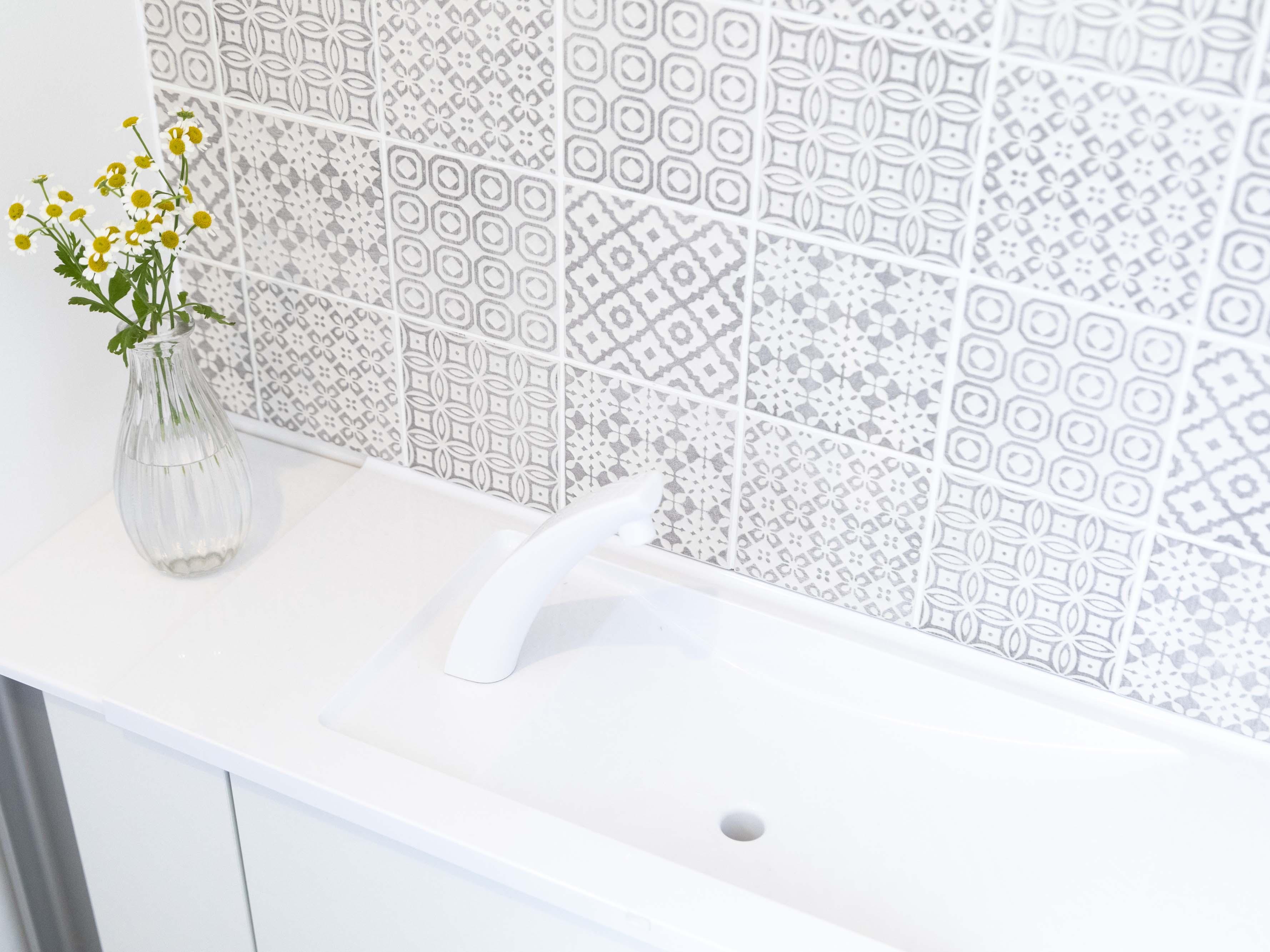 トイレには奥様念願の名古屋モザイクのタイルが。