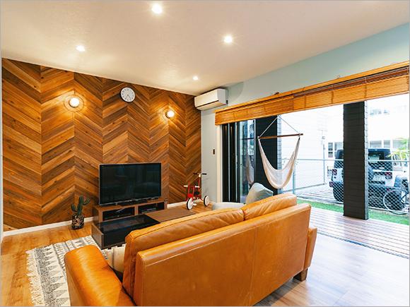 「wtw」や「ACME Furniture」の家具で西海岸スタイルに。