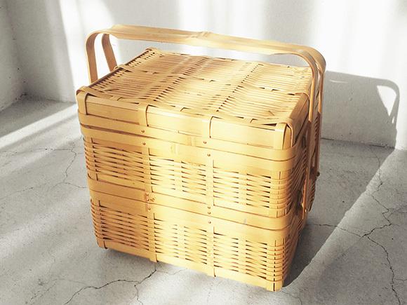 鹿児島の民芸品の竹籠。