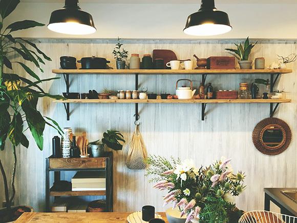 大人の女性が住むような部屋をイメージした、大人の西海岸スタイル。