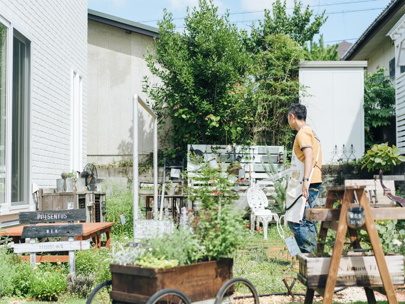 ご主人が1年をかけて作った、こだわりの庭。
