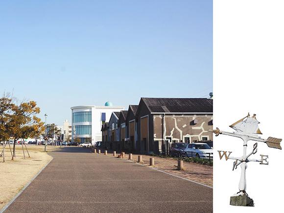 右手にあるのがショップやレストランに改装された倉庫郡の一部。左奥にはちょうど「さんふらわぁ」が停泊しています!!