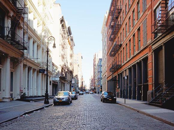ヨーロッパの街角を思わせる雰囲気。