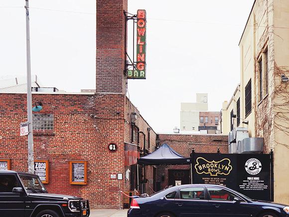 19世紀に建てられた製鉄所工場をリノベーションしたブルックリン・ボウル