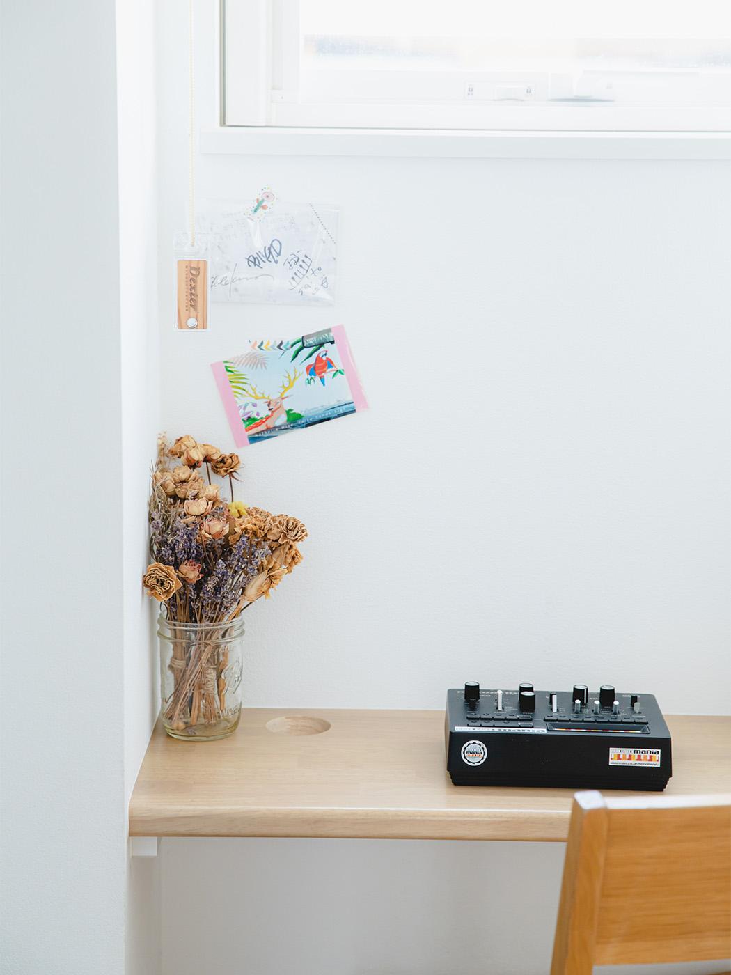 部屋の至る所に、音楽アイテムが。