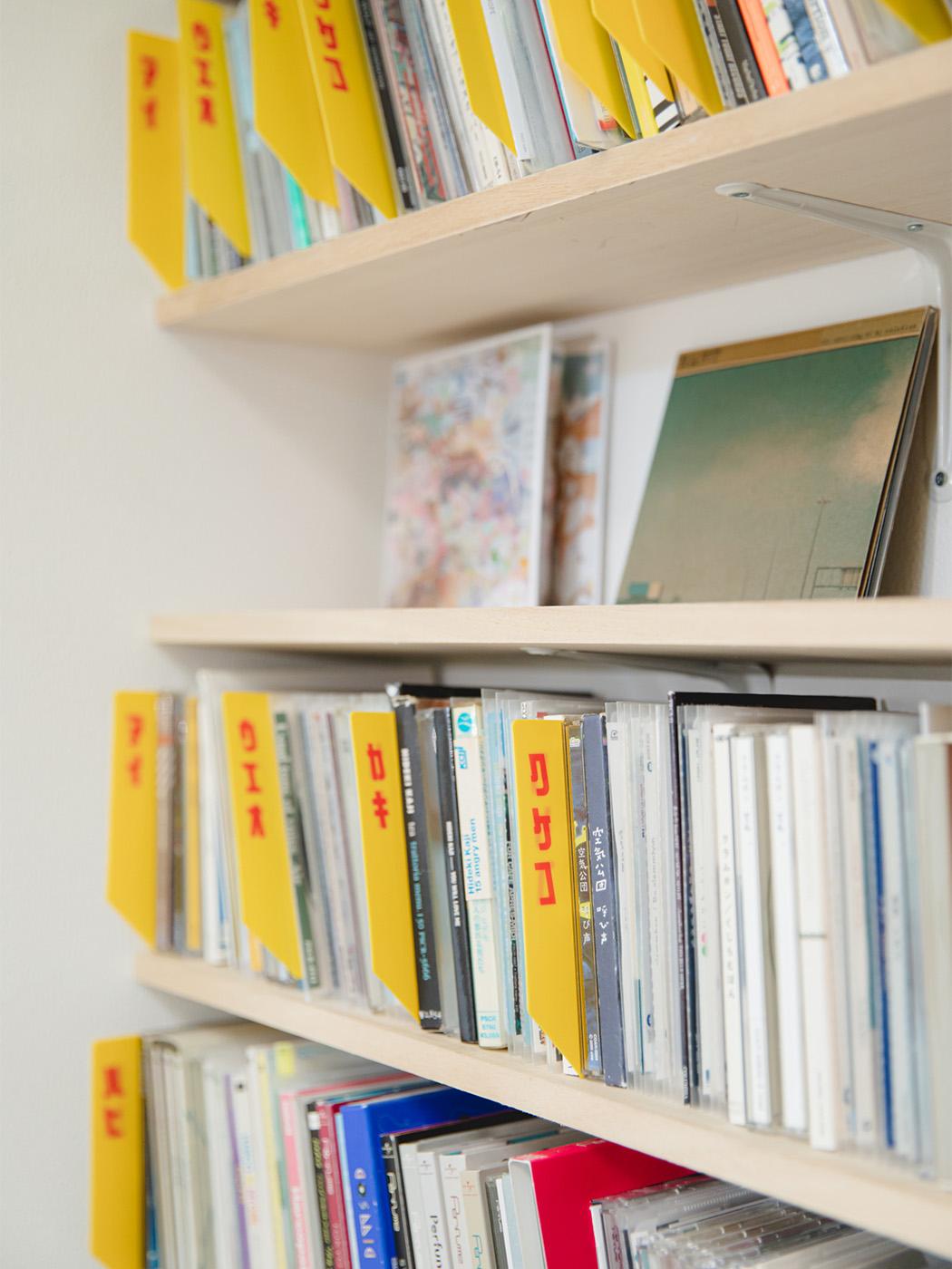 CDショップさながらの収納方法。