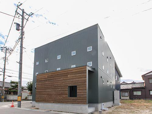 高岡市 角 ZERO-CUBE KAI